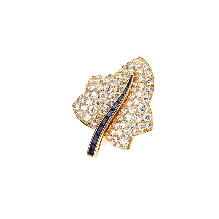 Oscar Heyman Small Gold Pave Diamond Maple Leaf Brooch For Sale 1