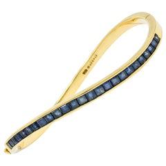 Oscar Heyman Vintage 3.00 Carat Sapphire 18 Karat Gold Wave Bangle Bracelet