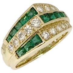 Oscar Heyman Yellow Gold Diamond and Emerald Ring