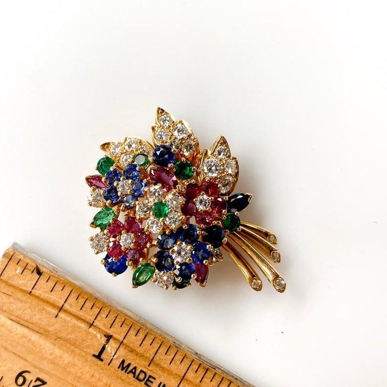 Women's or Men's Oscar Heyman Yellow Gold Diamond Gemstone Flower Brooch For Sale