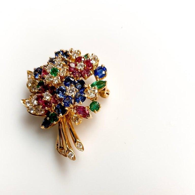 Oscar Heyman Yellow Gold Diamond Gemstone Flower Brooch For Sale 1