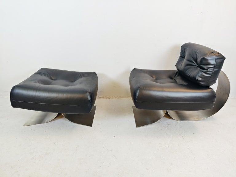 Brazilian Oscar Niemeyer Chair and Ottoman Model Alta, circa 1970 For Sale