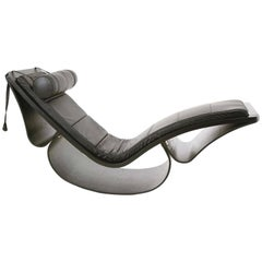 Oscar Niemeyer Chaise Lounge Model Rio Prod. Fasem, Italy