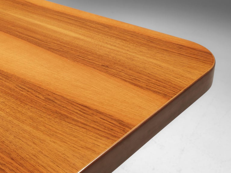 Oscar Niemeyer Table in Walnut For Sale 4