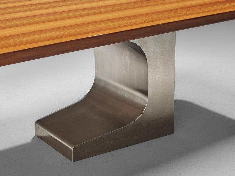 Oscar Niemeyer Table in Walnut In Good Condition For Sale In Waalwijk, NL
