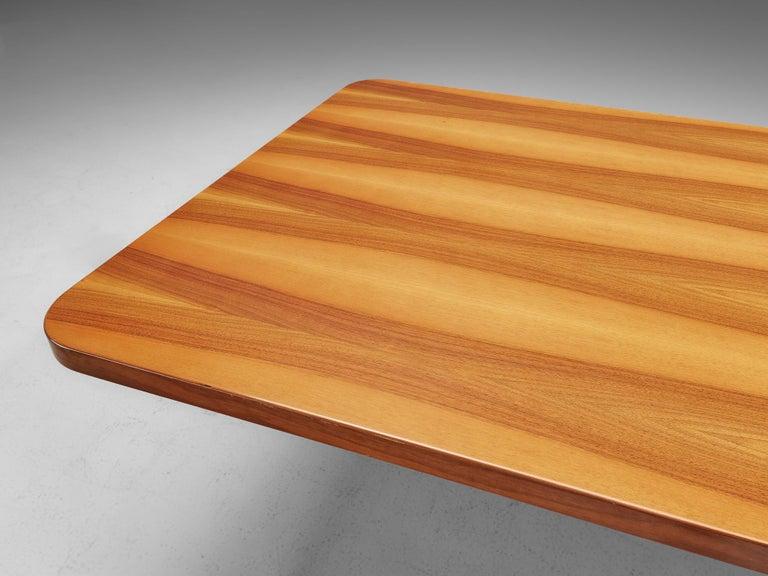 Oscar Niemeyer Table in Walnut For Sale 1
