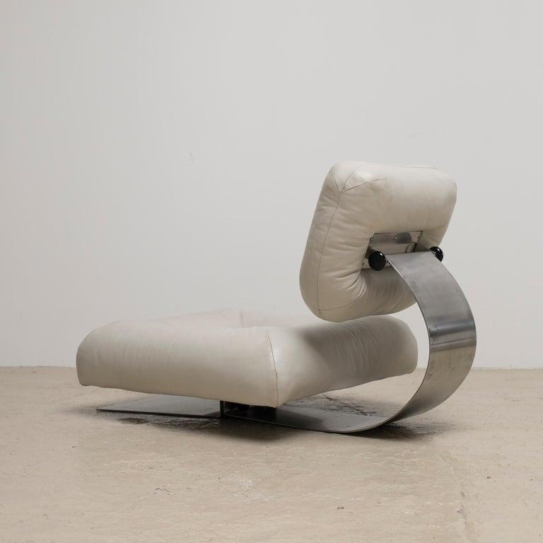 Oscar Niemeyer White