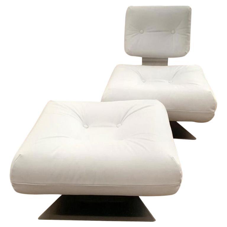 "Oscar Niemeyer White Armchair and Ottoman ""Brazilia ON1"" Model For Sale"
