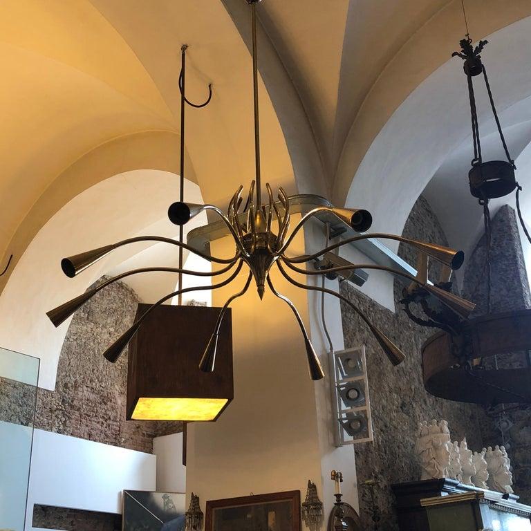 Oscar Torlasco Attributed Mid-Century Modern Brass Ten-Light Chandelier For Sale 10