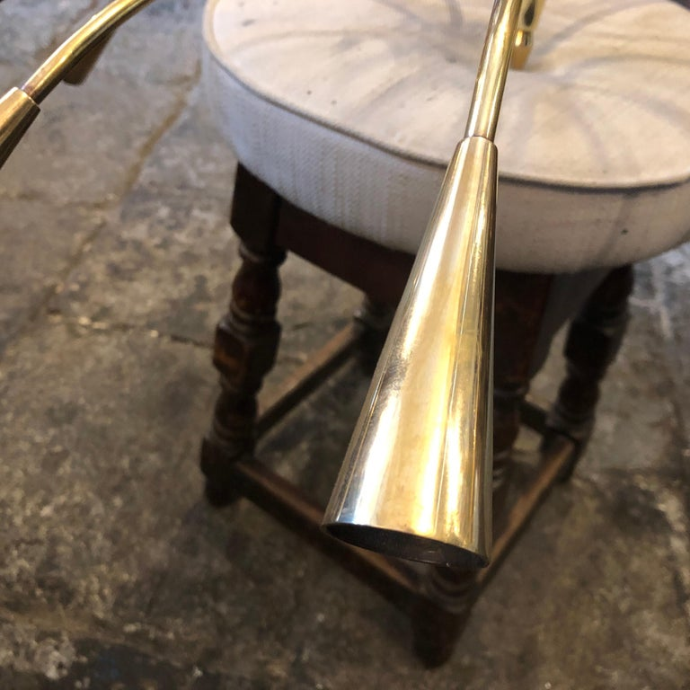 Oscar Torlasco Attributed Mid-Century Modern Brass Ten-Light Chandelier For Sale 1