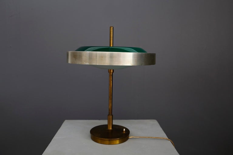 Oscar Torlasco Midcentury Table Lamp in Brass and Cased Glass by Lumi 1950s For Sale 3