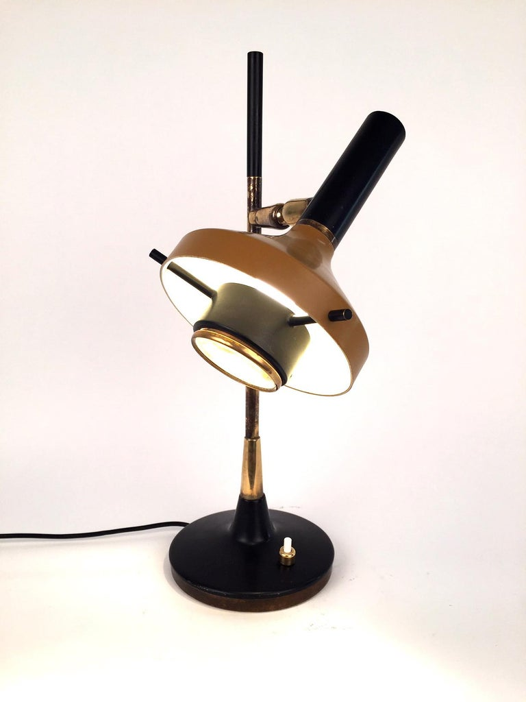 Oscar Torlasco Table Lamp, Model 553 for Lumi, 1950s For Sale 3