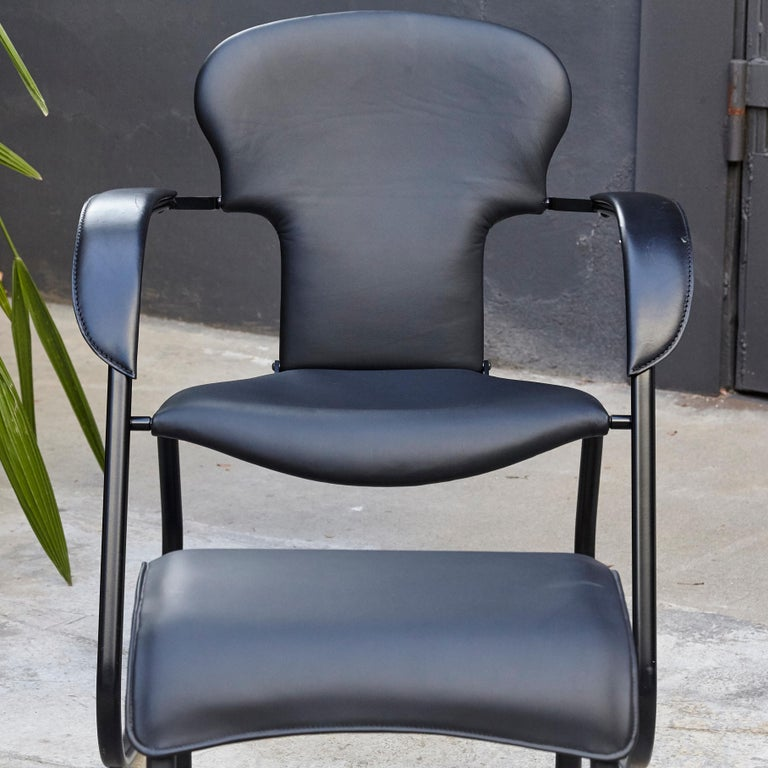 Contemporary Oscar Tusquets Black Bavarius Rocking Chair and Stool by BD Barcelona For Sale
