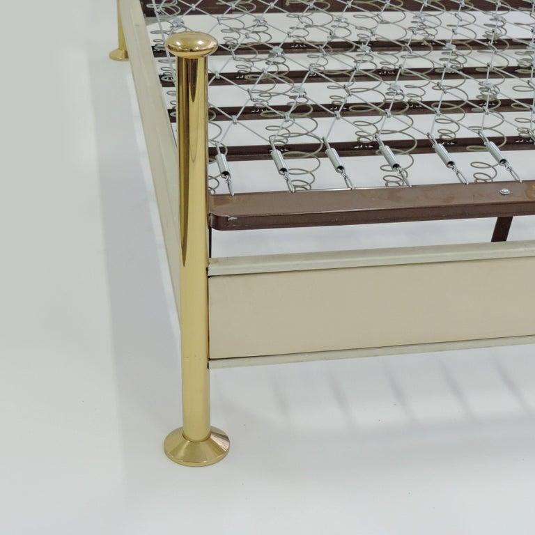 Osvaldo Borsani and Arnaldo Pomodoro Double Bed Model No. 8604, Italy, 1962 For Sale 2