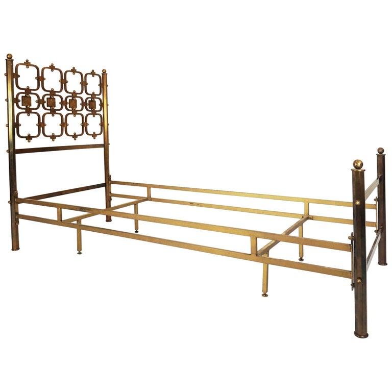Osvaldo borsani and arnaldo pomodoro single bed for sale for Aloi arredamenti