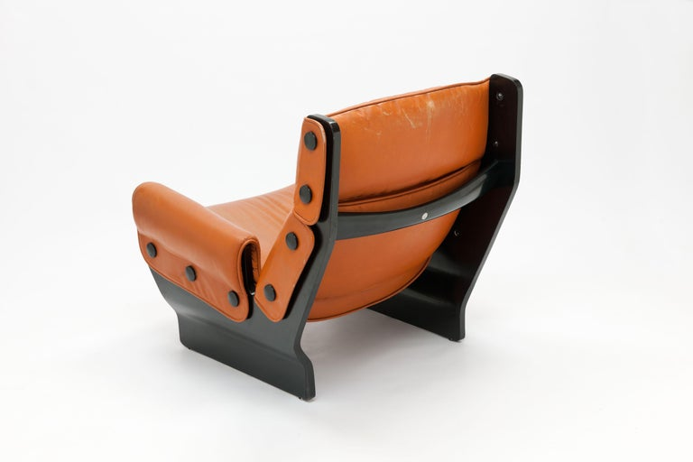 Mid-Century Modern Osvaldo Borsani 'Canada' Lounge Chair by Tecno in Original Leather For Sale