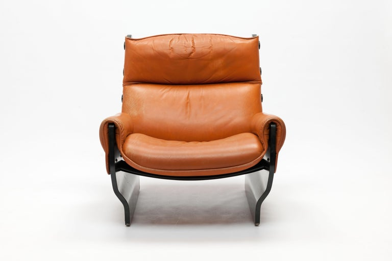 Italian Osvaldo Borsani 'Canada' Lounge Chair by Tecno in Original Leather For Sale