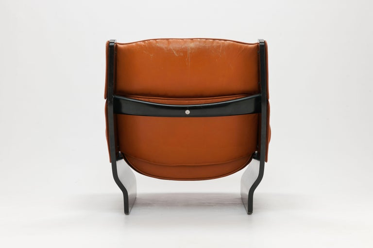 Painted Osvaldo Borsani 'Canada' Lounge Chair by Tecno in Original Leather For Sale