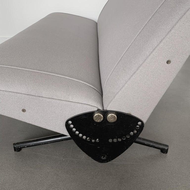 Osvaldo Borsani D70 Daybed Sofa for Tecno For Sale 7