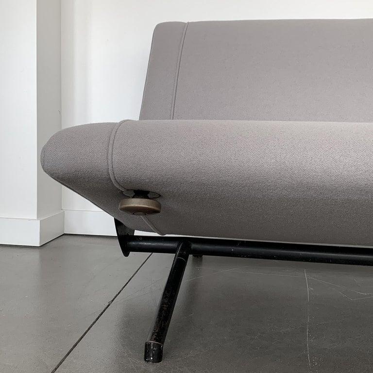 Osvaldo Borsani D70 Daybed Sofa for Tecno For Sale 10