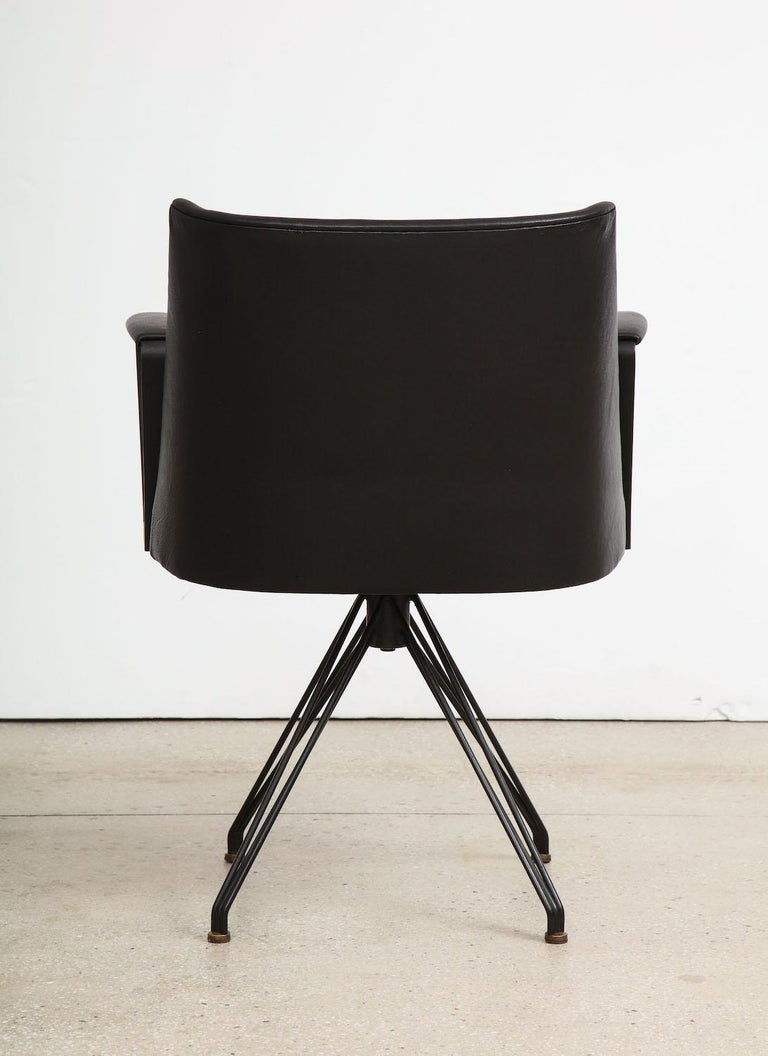 Mid-20th Century Osvaldo Borsani Desk Chair For Sale