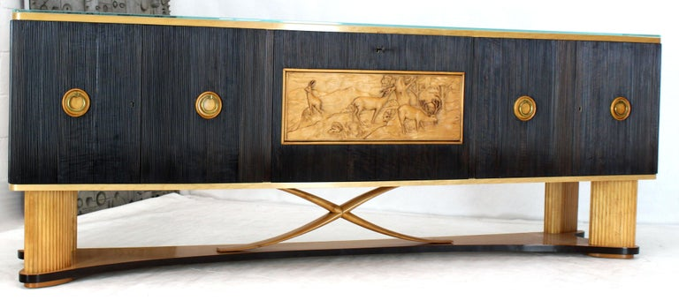 Osvaldo Borsani Extra Long Sideboard Bar Cabinet Credenza Italian Modern In Excellent Condition For Sale In Rockaway, NJ
