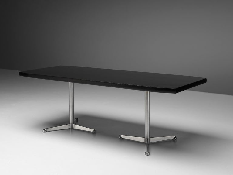 Italian Osvaldo Borsani for Tecno Conference or Dining Table in Wood and Metal For Sale