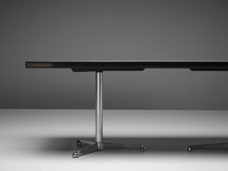 Osvaldo Borsani for Tecno Conference or Dining Table in Wood and Metal For Sale 2