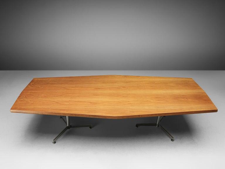 20th Century Osvaldo Borsani for Tecno Converence Table in Mahogany For Sale