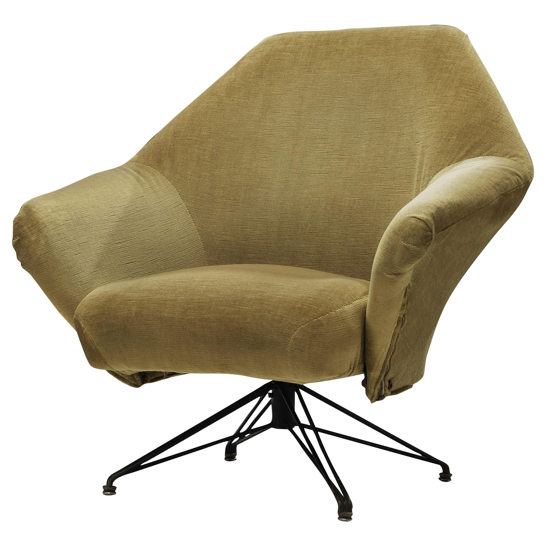 Osvaldo Borsani for Tecno Swivel Lounge Chair P32 in Yellow Velvet Upholstery