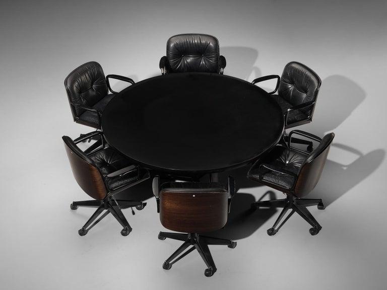 Osvaldo Borsani for Tecno T334C Dining Table in Wood and Aluminium For Sale 2