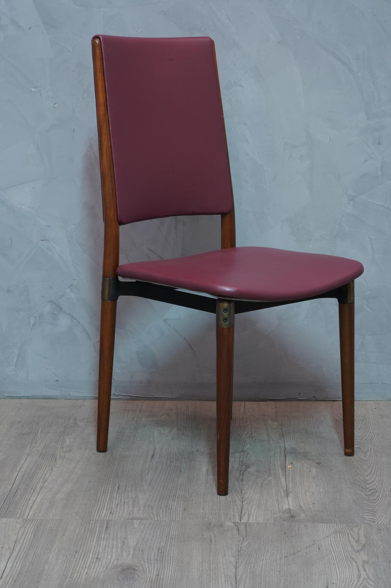 Mid-Century Modern Osvaldo Borsani for Tecno Wood and Leather Chairs, 1960 For Sale