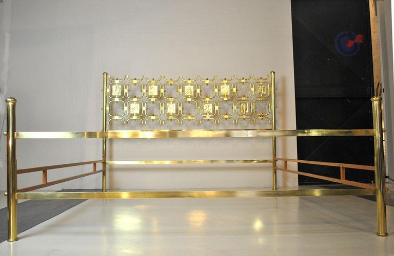 Osvaldo Borsani Italiano Midcentury Bed Totally in Brass For Sale 9