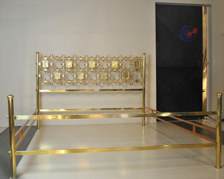 Osvaldo Borsani Italiano Midcentury Bed Totally in Brass For Sale 10
