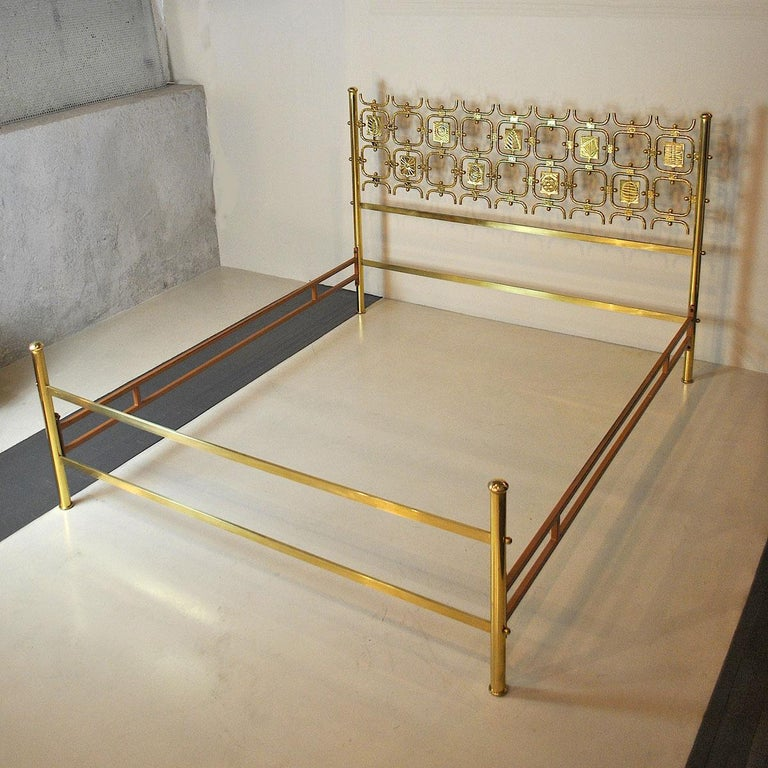 Osvaldo Borsani Italiano Midcentury Bed Totally in Brass For Sale 11