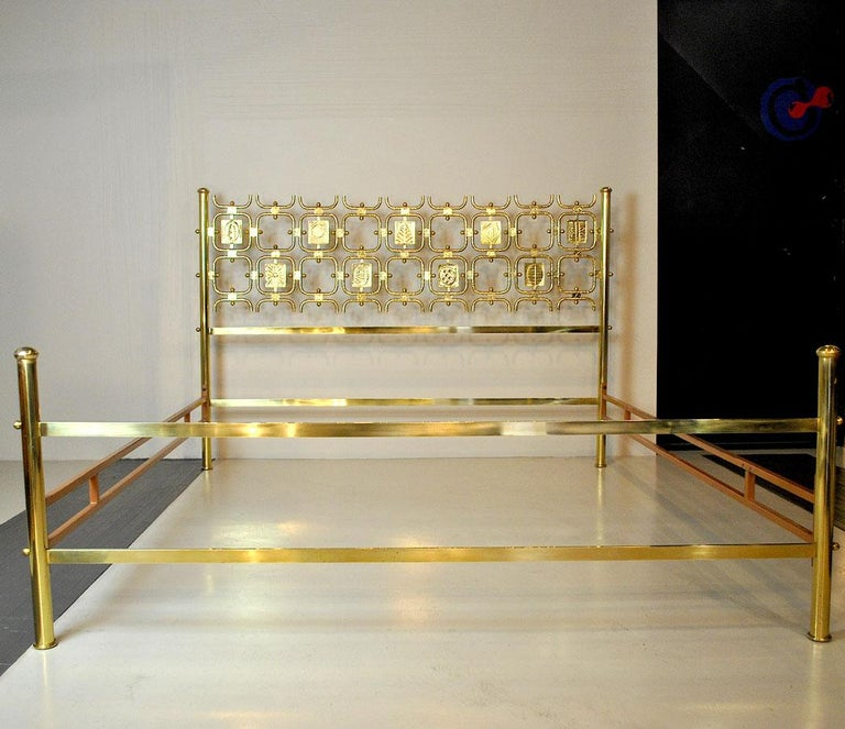 Osvaldo Borsani Italiano Midcentury Bed Totally in Brass In Good Condition For Sale In bari, IT