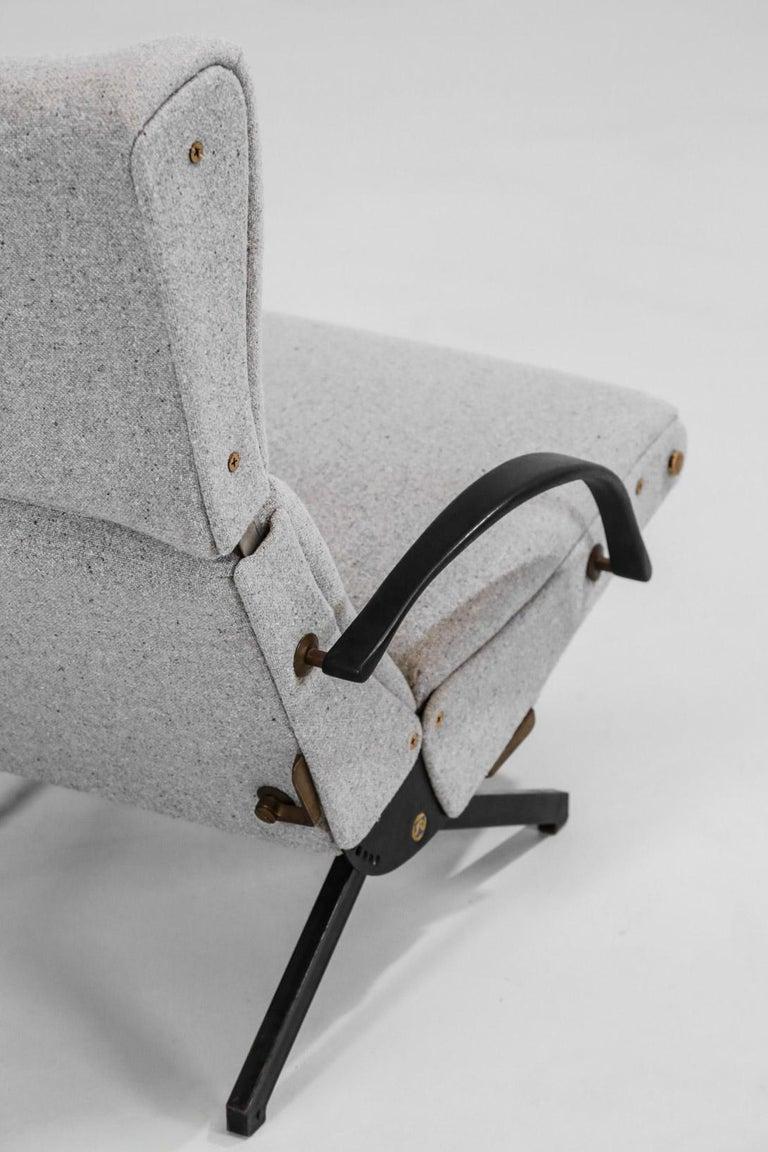 Osvaldo Borsani Lounge Chair Model P40 for Tecno, Italy For Sale 7