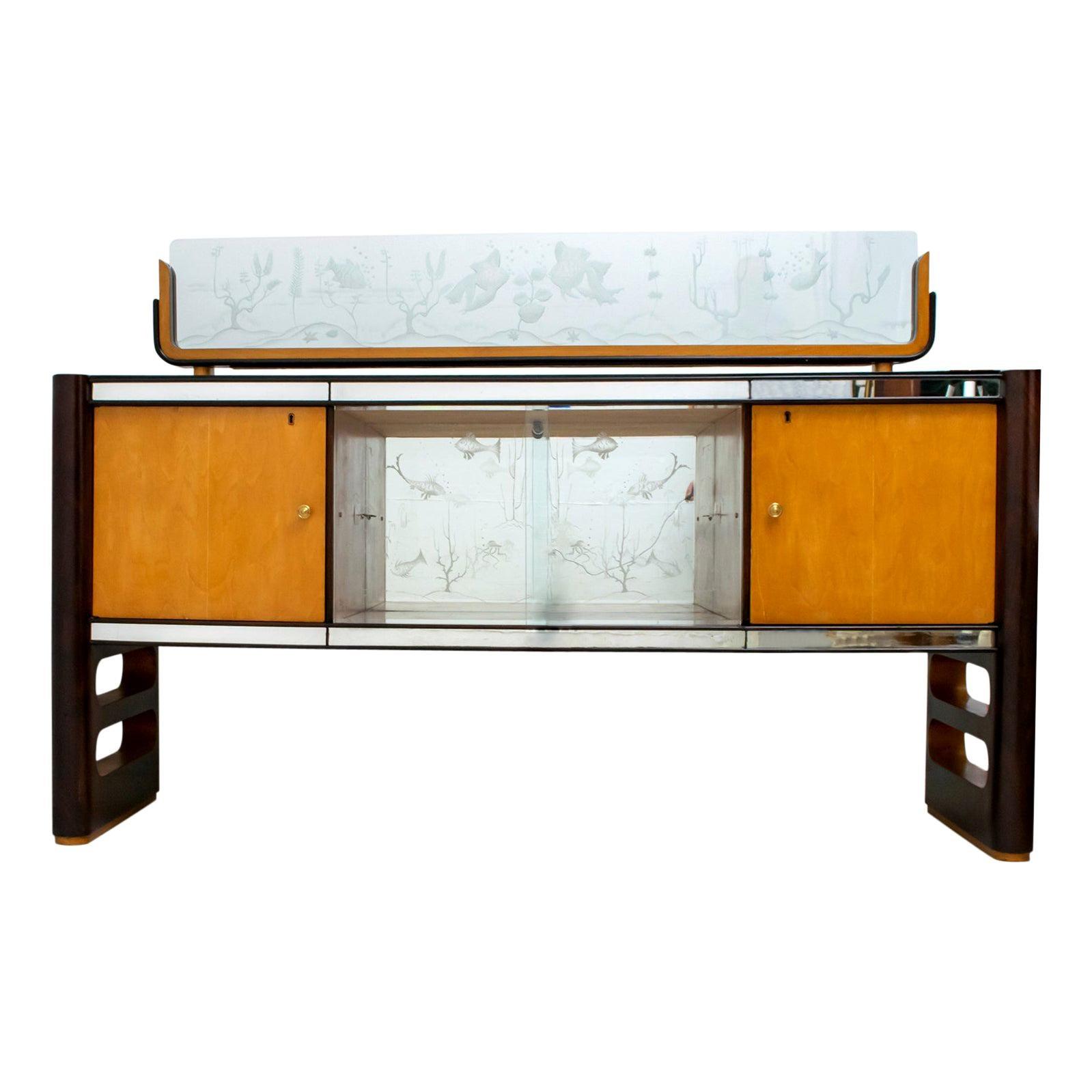 Osvaldo Borsani Mid-Century Modern Italian Walnut and Maple Sideboard, 1950s
