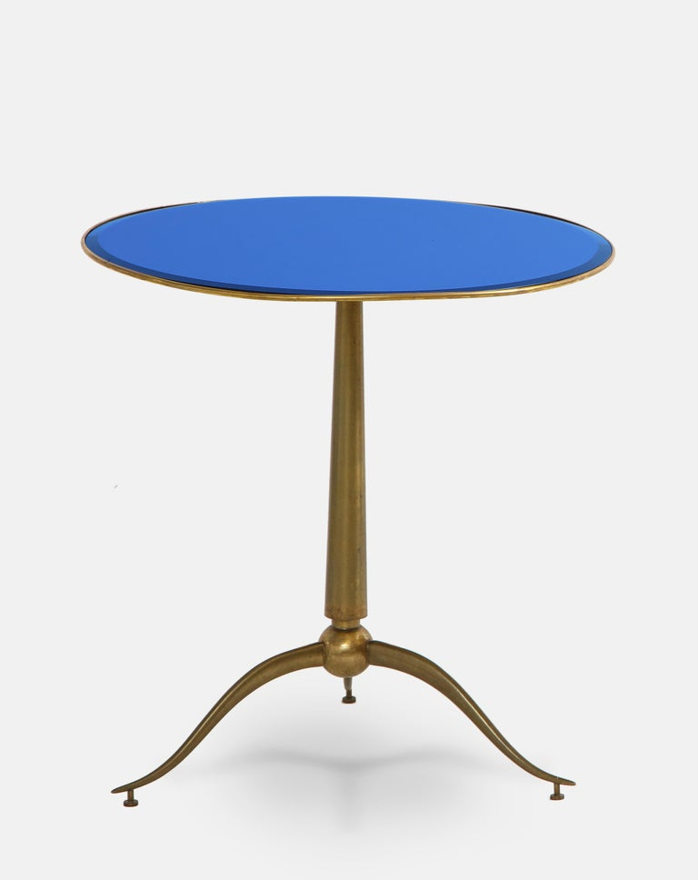 Italian Osvaldo Borsani Rare Pair of Side Tables in Brass and Blue Glass For Sale
