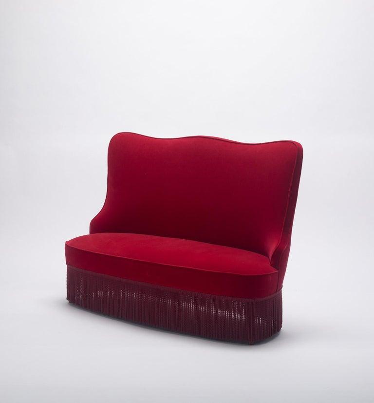 20th Century Osvaldo Borsani Red Velvet Banquette For Sale
