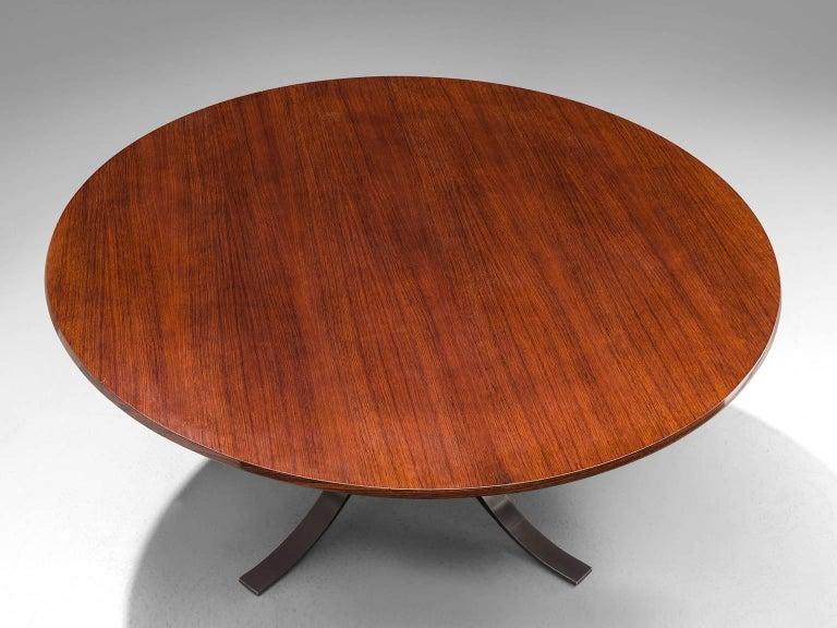 Mid-20th Century Osvaldo Borsani Round Rosewood Table for Tecno
