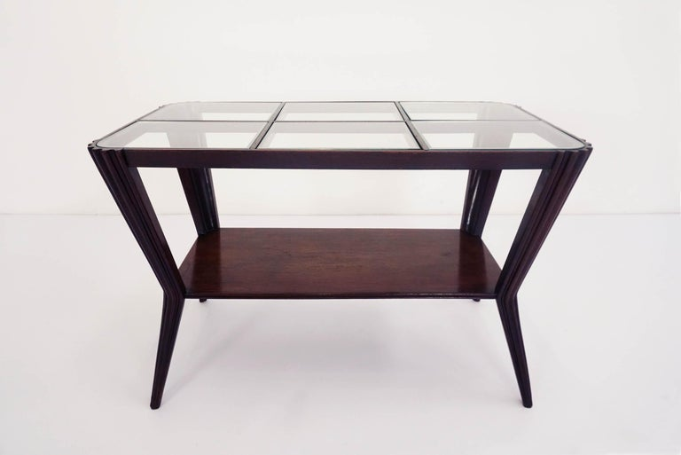 Osvaldo Borsani Style Elegant Coffee Table, Late 1940 In Good Condition For Sale In Chiasso, CH