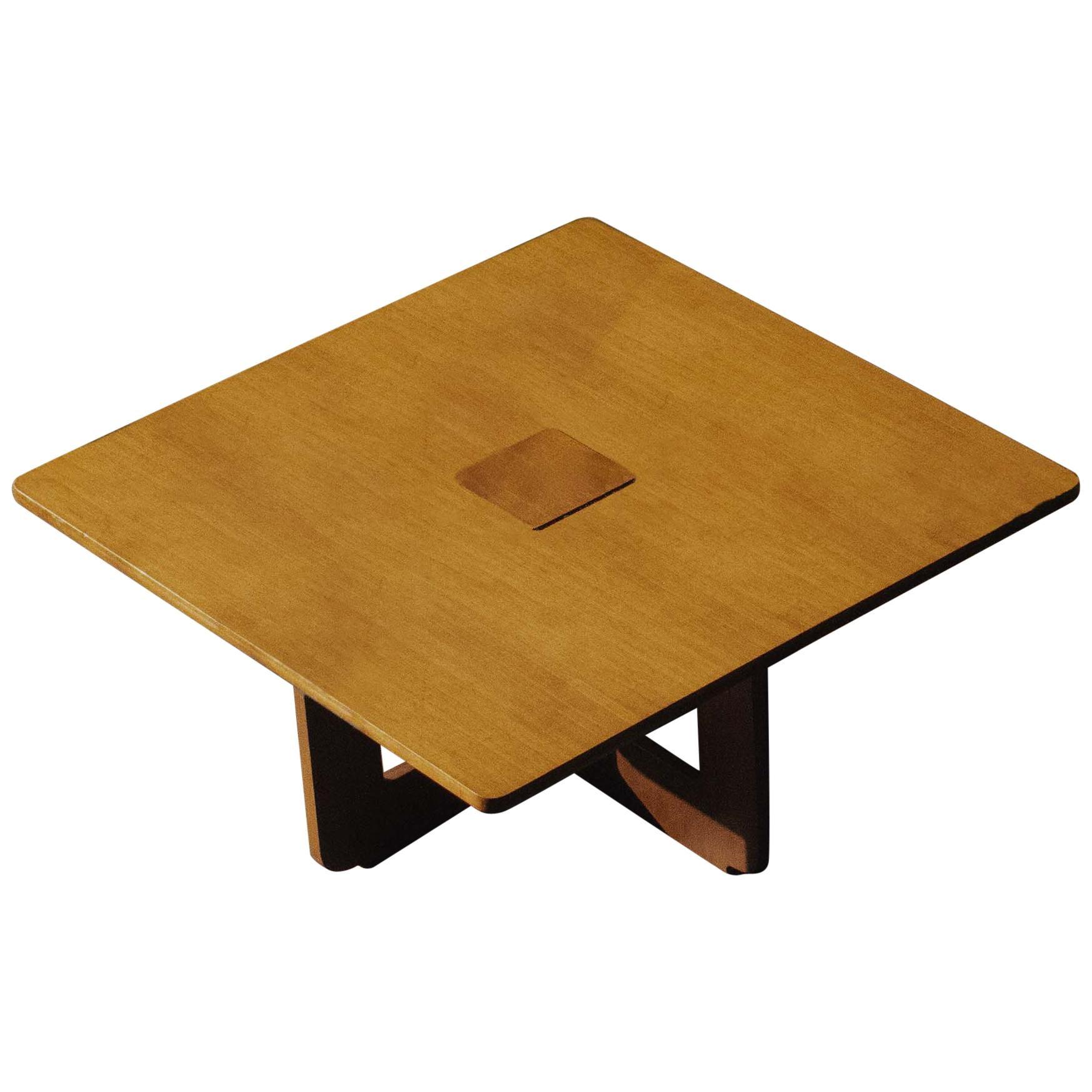 "Osvaldo Borsani ""T110"" Coffee Table for Tecno, 1962"