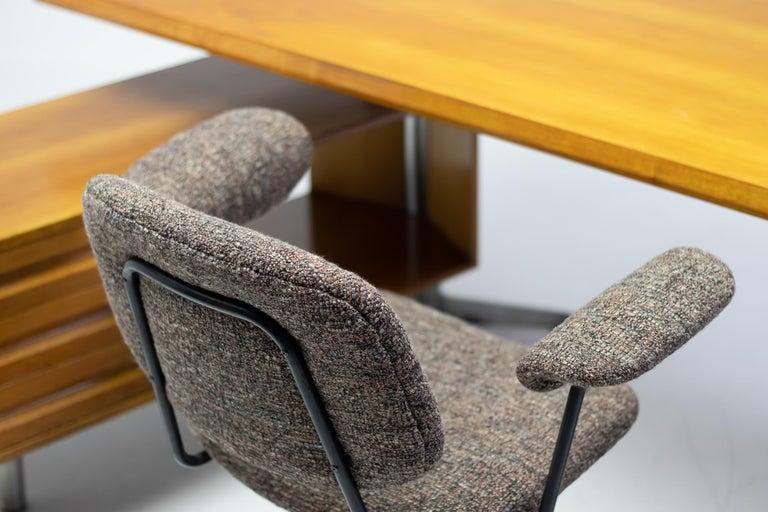 Osvaldo Borsani T95 Executive Desk with Matching Desk Chair For Sale 3