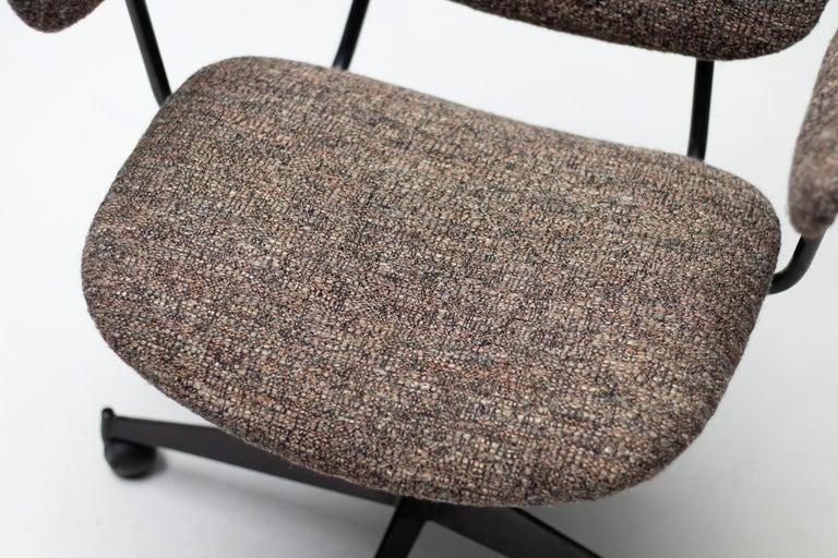 Osvaldo Borsani T95 Executive Desk with Matching Desk Chair For Sale 5