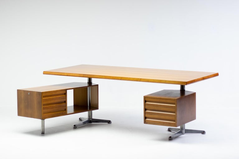 Osvaldo Borsani T95 Executive Desk with Matching Desk Chair For Sale 2