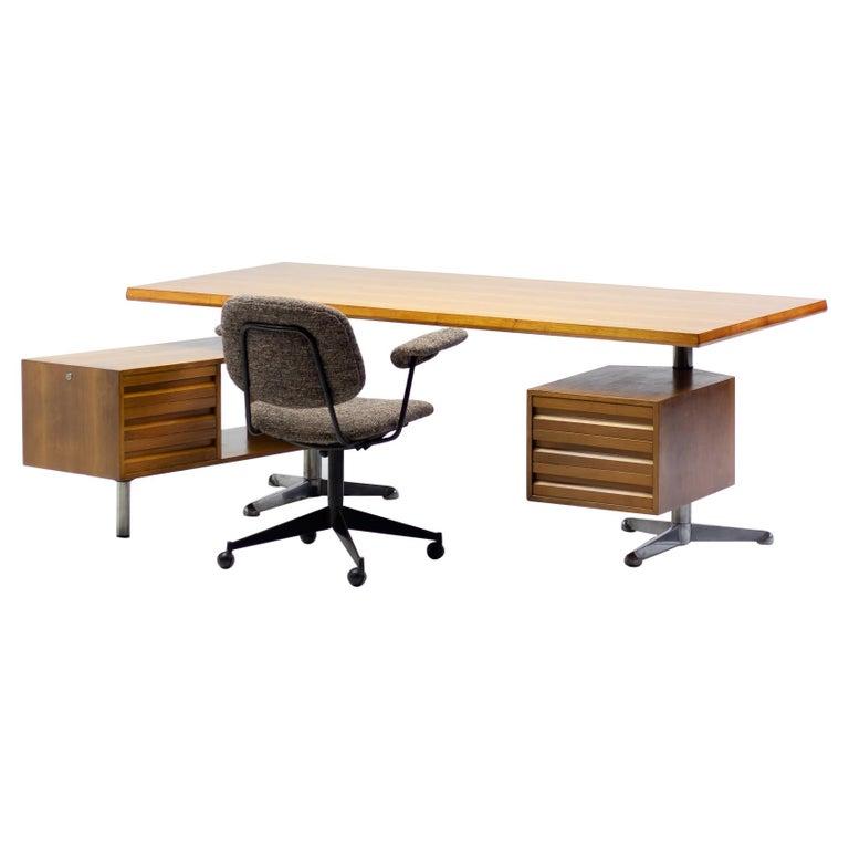 Osvaldo Borsani T95 Executive Desk with Matching Desk Chair For Sale