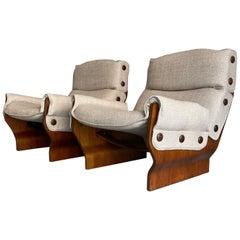 Osvaldo Borsani Tecno Pair of P110 Canada Lounge Chair Fabric Walnut Italy 1965