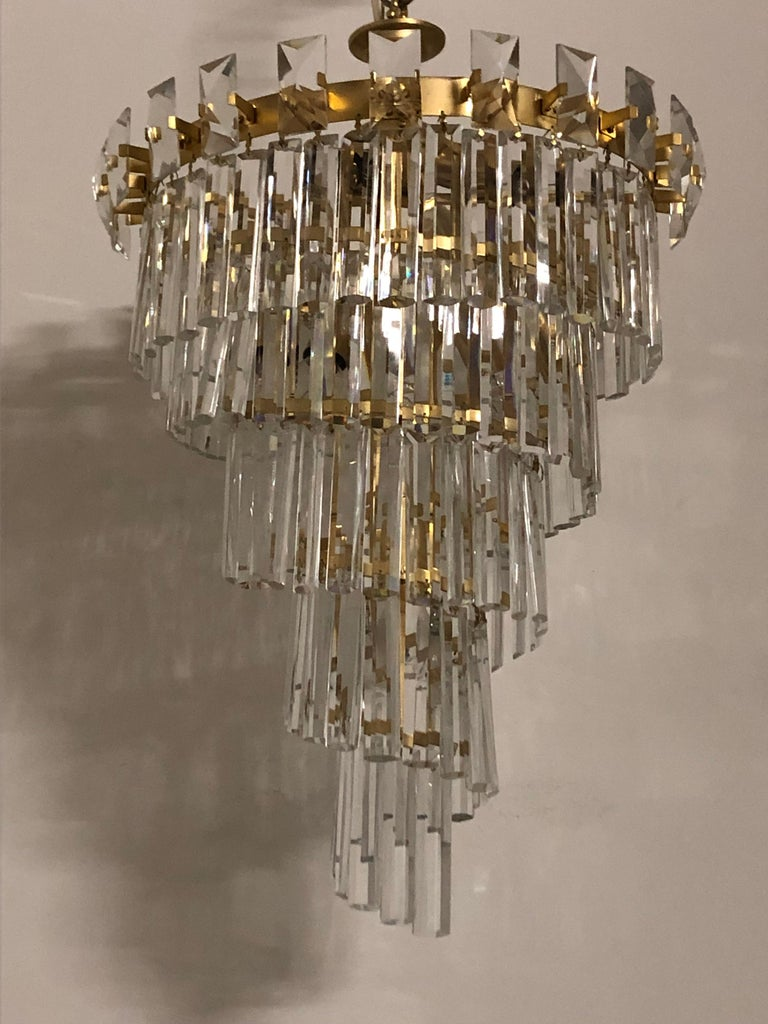Oswald Haerdtl & Lobmeyr Crystal and Gilt Brass Chandelier, Austria, circa 1950s For Sale 5