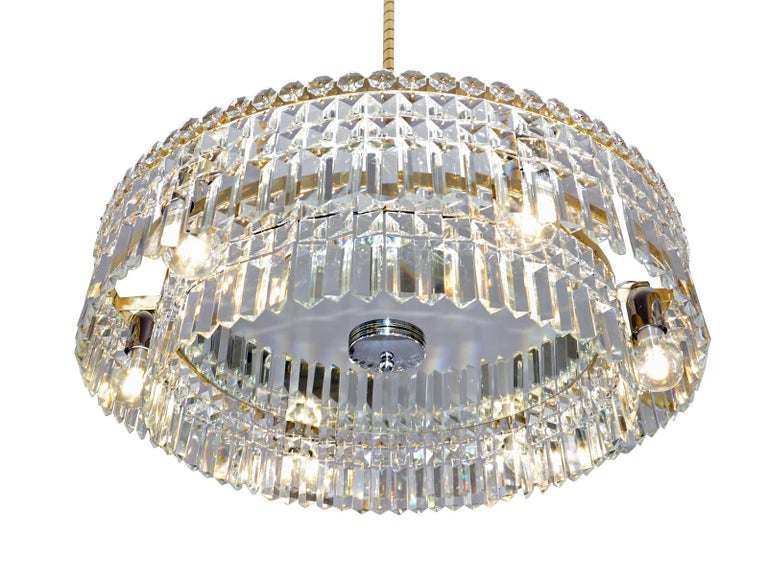 Oswald Haerdtl Lobmeyr Midcentury Large Crystal Chandelier, 1950 For Sale 1